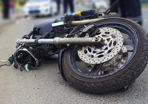 Nəsimidə motosiklet avtomobillə toqquşdu