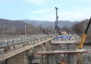 Azərbaycanda 7 rayonu birləşdirən yolda daha iki körpü inşa edilir