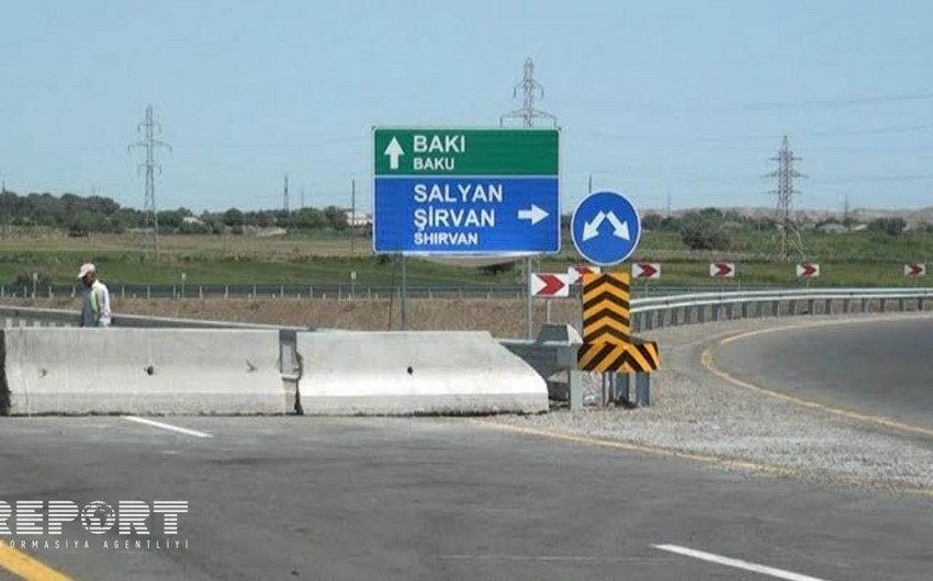 Salyanda avtomobil mühafizəçini vurub - FOTO