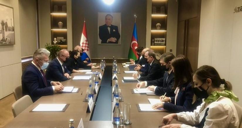 Meeting of Azerbaijani, Croatian FMs gets underway in Baku