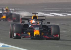 Formula 1: Ferstappen yeni mövsümün ilk test yürüşündə lider oldu