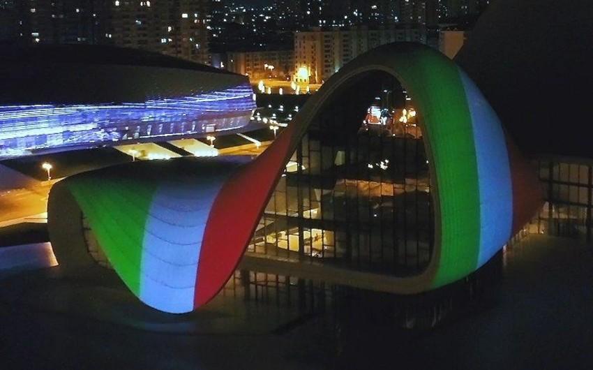 Видеопроекция флага Италии в Баку вызвала большой интерес итальянских СМИ