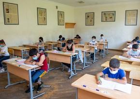 В Баку более 5 тысяч родителей отказались отправлять своих детей в школу