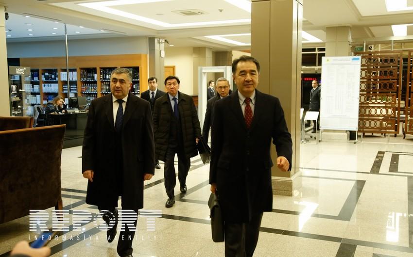 Вице-премьер Казахстана прибыл в Азербайджан