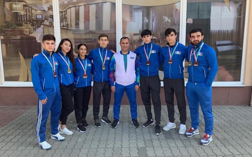 Karateçilərimiz Macarıstanda 3 qızıl və 5 bürünc medal qazanıblar