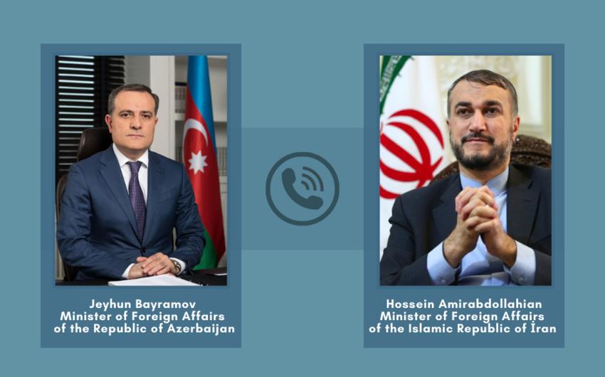Глава МИД Азербайджана обсудил ситуацию в регионе с иранским коллегой
