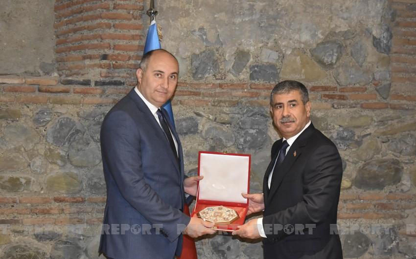Azərbaycan və Gürcüstan müdafiə nazirlərinin görüşü olub, sənəd imzalanıb