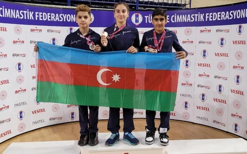 Azərbaycan gimnastları Türkiyədə 2 qızıl, 2 gümüş medal qazanıblar
