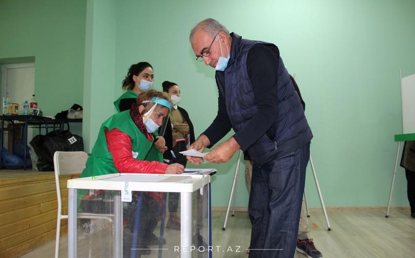 Gürcüstan pandemiya fonunda yeni parlament seçir