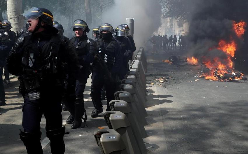 Parisdə iğtişaşlar baş verib, polis gözyaşardıcı qazdan istifadə edib