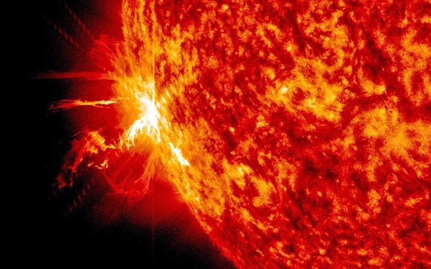 Günəşdə son 12 ilin ən güclü partlayışı baş verib - VİDEO
