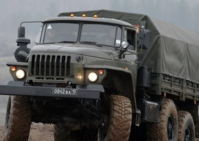 Ermənistanda hərbi maşın piyadanı vuraraq öldürüb