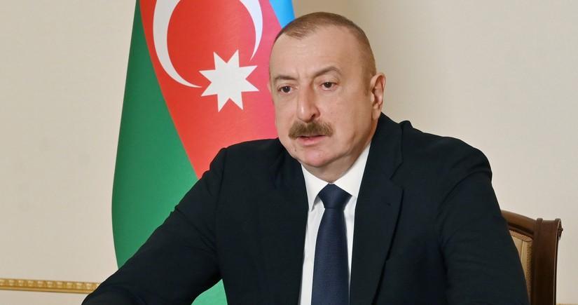 Президент: На территории Азербайджана не может быть официального статуса другого языка