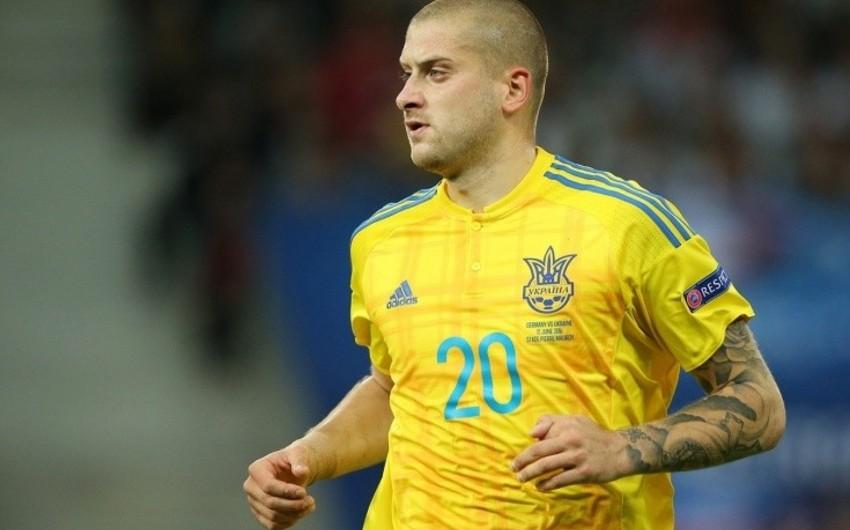 Rusiya klubunda çıxış edən ukraynalı futbolçu millidəki karyerasını başa vurub