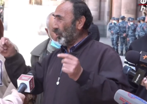 Parents of Armenian soldiers missing in Karabakh to turn to Putin