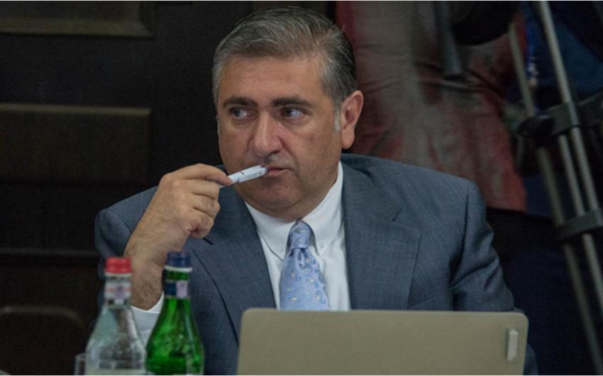 Ermənistanın sabiq naziri:  -