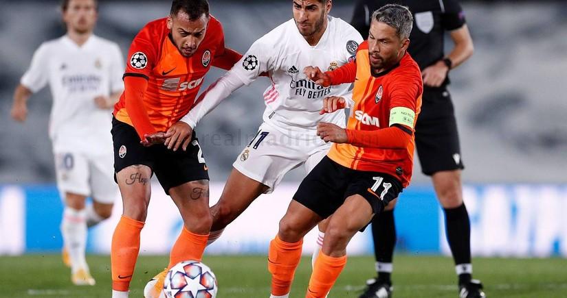 Real Madrid evdə uduzdu, Lokomotiv səfərdə heç-heçə etdi