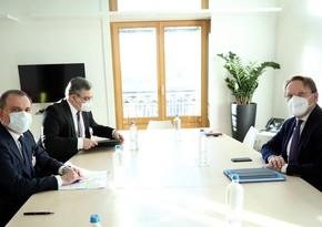 ЕС хочет помочь пострадавшим в Карабахской войне