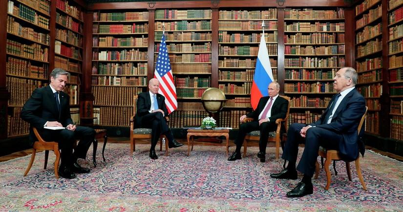 Rusiya prezidenti: Danışıqlar konstruktiv keçdi