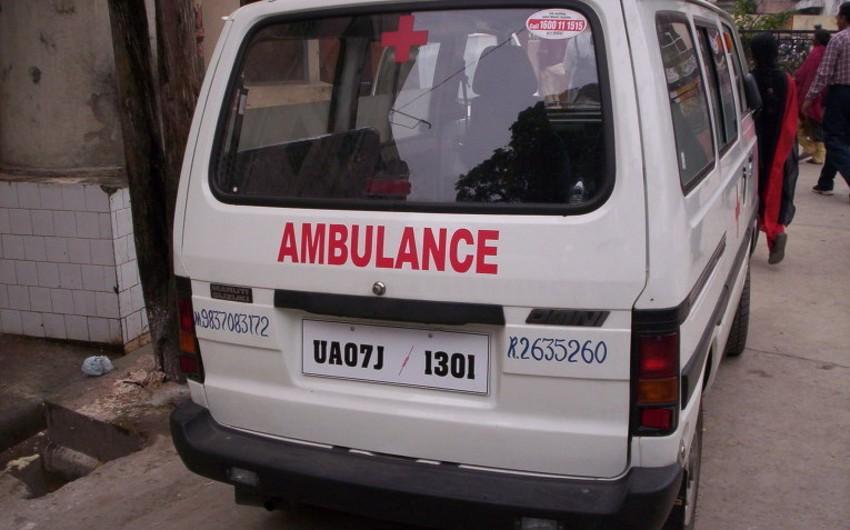 Hindistanda mikroavtobus qəzasında 20 nəfər həlak olub - YENİLƏNİB