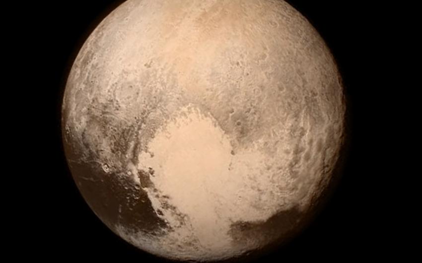 NASA Plutonun ilk rəngli şəklini yayımlayıb