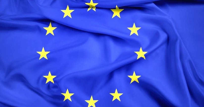 ЕК: страны Евросоюза должны избегать закрытия внутренних границ из-за коронавируса