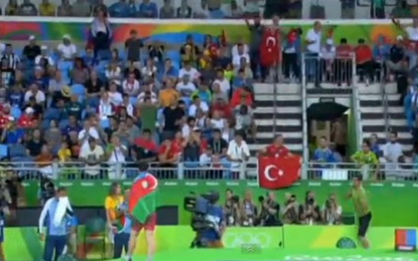 Azərbaycan güləşçisi Sabah Şəriəti Olimpiadanın bürünc medalını qazanıb