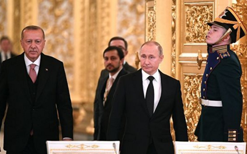 Putin Ərdoğanla S-400 üzrə müqavilənin reallaşdırılmasını müzakirə edib