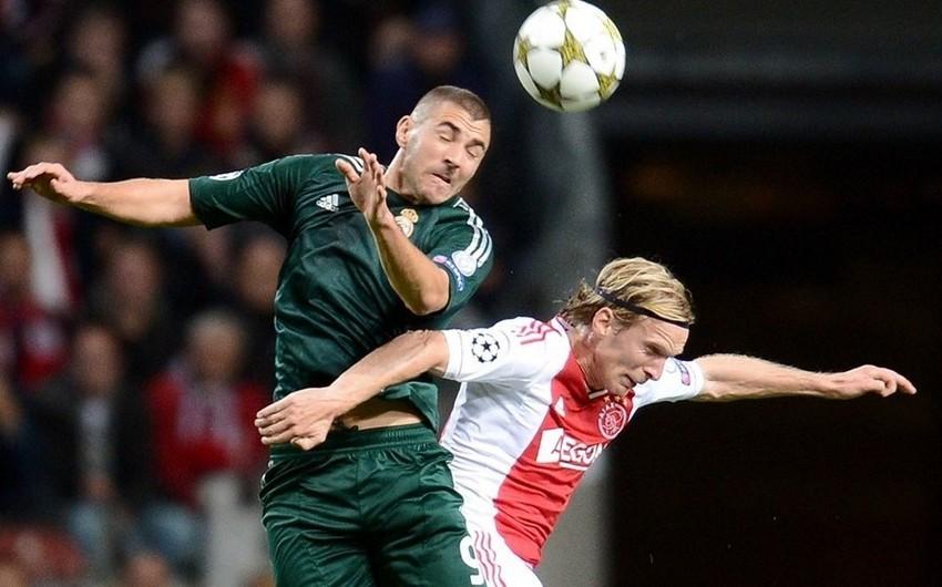 Amsterdam və Londonda futbol tamaşası - AFİŞA