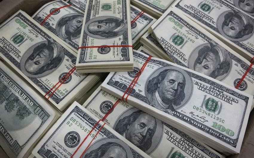 Azərbaycanın valyuta ehtiyatları 3 mlrd. dollara yaxın azalıb