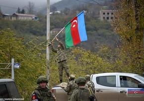 Azərbaycan hərbçiləri Laçın şəhərini bayraqla bəzədi