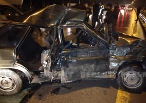 Тяжелая авария на дороге Баку-Губа, есть погибшая и раненый