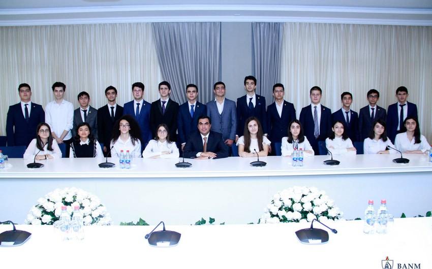БВШН занимает одно из лидирующих мест по числу президентских стипендиатов