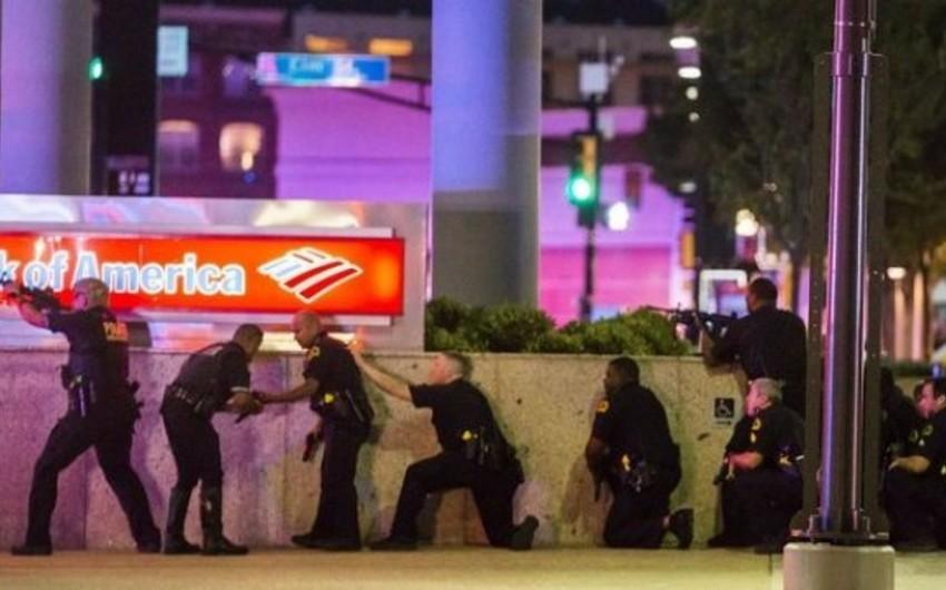 ABŞ-da nümayişlər zamanı öldürülən polislərin sayı beşə çatıb - VİDEO - YENİLƏNİB