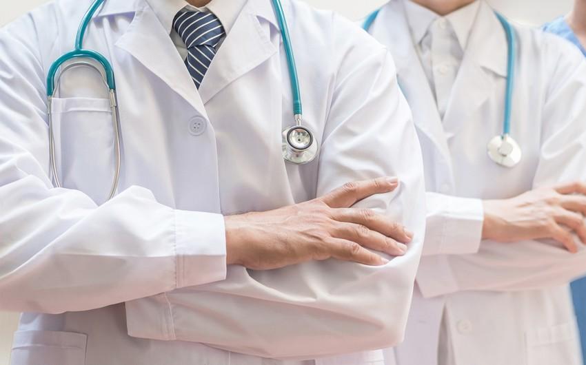 Gürcüstanda koronavirusla mübarizəyə təqaüdçü həkimlər cəlb edilir