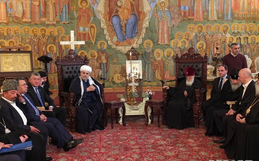 Qafqaz Müsəlmanları İdarəsinin sədri ümumgürcüstan katolikos-patriarxı ilə görüşüb