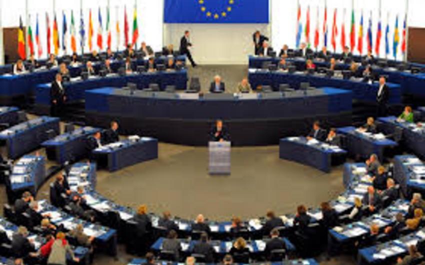 Avropa Parlamenti Aİ-Gürcüstan Assosiasiya Sazişini ratifikasiya edib