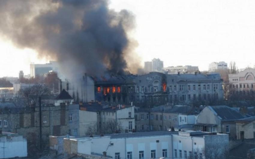 В Одессе горит колледж, пострадали 13 человек - ВИДЕО