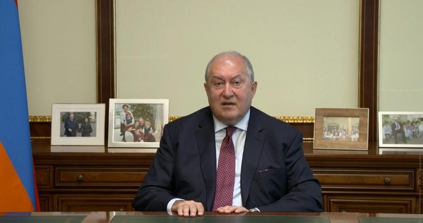 KİV: Ermənistan prezidenti açıq oyuna başlayıb