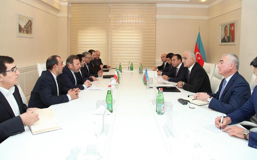 Şahin Mustafayev: Azərbaycan İranın digər şəhərlərinə birbaşa uçuşların təşkilində maraqlıdır