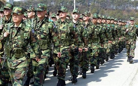 В Сеуле военный ранил четырех сослуживцев и покончил с собой