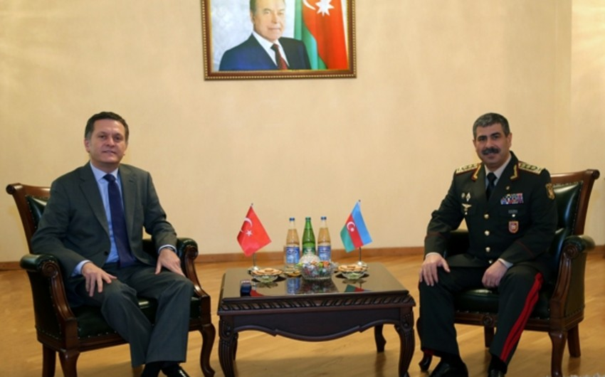 Azerbaijan and Turkey discuss issues on development of military cooperation