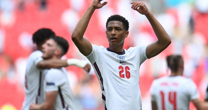 Англичанин стал самым молодым футболистом в истории чемпионатов Европы