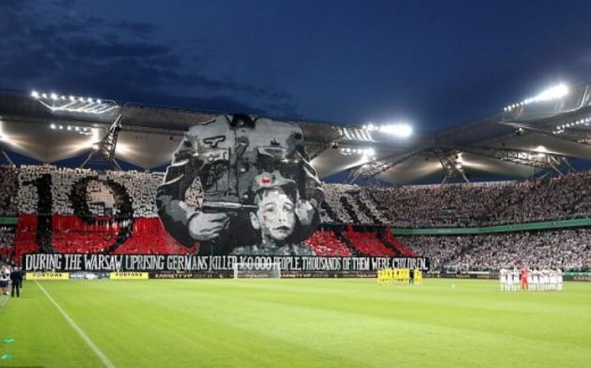 UEFA Çempionlar Liqasının oyunu zamanı nümayiş olunan siyasi plakatla əlaqədar araşdırmalara başlayıb