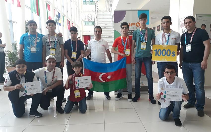 """Azərbaycanlı şagirdlər """"İnfomatrix-2018"""" yarışmasında 2 qızıl medal qazanıblar"""
