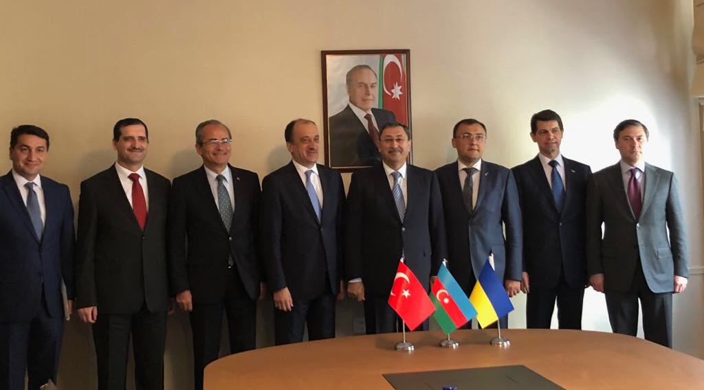 Между министерствами иностранных дел Азербайджана, Турции и Украины прошли трехсторонние политические консультации