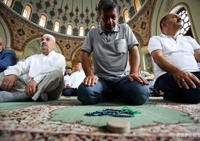 Ибрагим Мамедов: Решения относительно входа в мечети нет