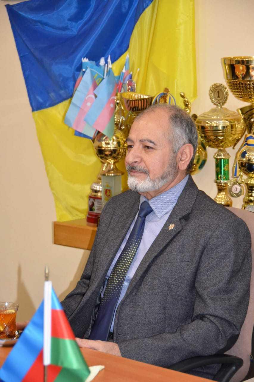 Ukraynada küçəyə Müslüm Maqomayevin adı verilib