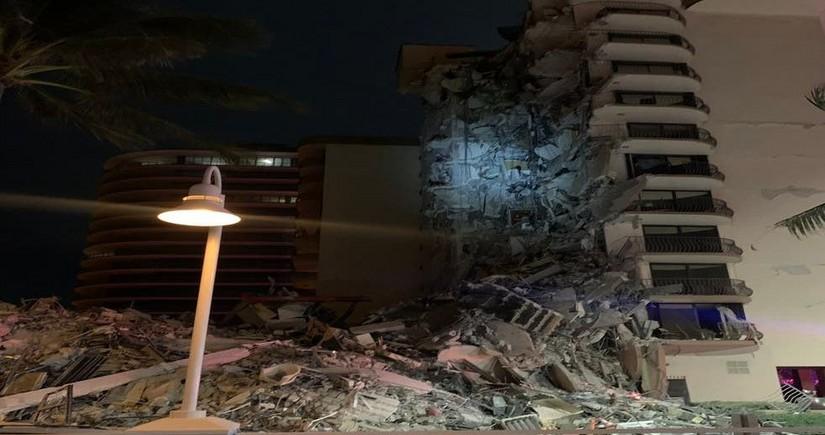 Floridada yaşayış binasının çökməsi nəticəsində ölənlərin sayı 3-ə çatıb