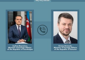Ceyhun Bayramov eston həmkarına Ermənistanın atəşkəsi pozması barədə məlumat verib